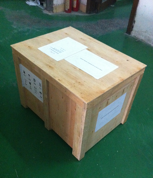 labeling machinery model YX-LM510 Packaging in case.jpg