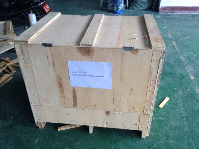 sealing machine in case for New zealand customer.jpg