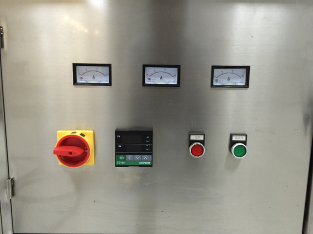 control panel for oven tunnel.jpg
