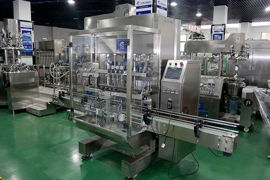 linear liquid filling machine automatic pneumatic servor motor filler equipment juice water wine low viscosity materials