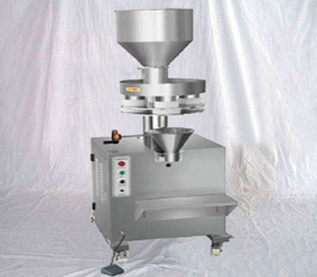 Semi automatic drying agent food granules salt sugar nuts filling packing machine with volumetric cups measuring system filler packer