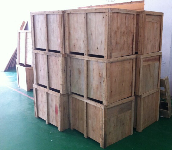 wooden case packing for labeling machines.jpg