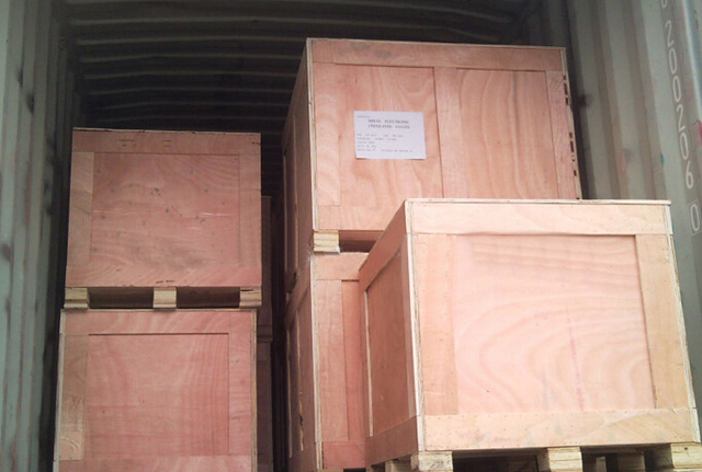 wooden case packing for filling sealing packing machine.jpg